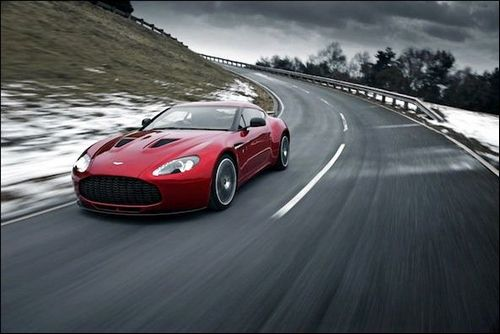 Aston Martin postpone F1 decision