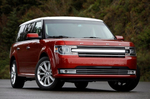 2013 Ford Flex frontView